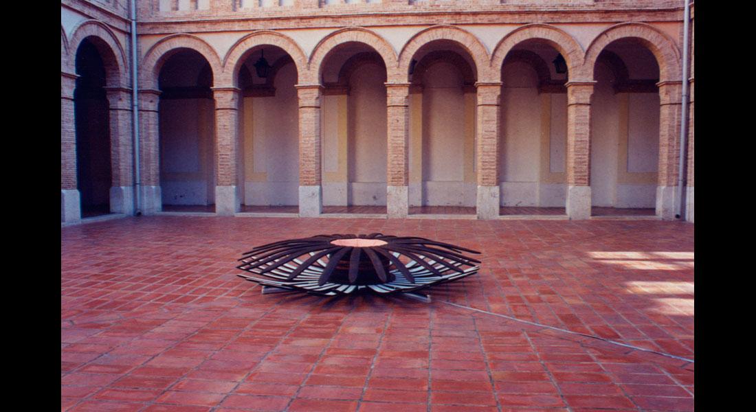 Monique Bastiaans Esculturas 45 Omnipotente 01